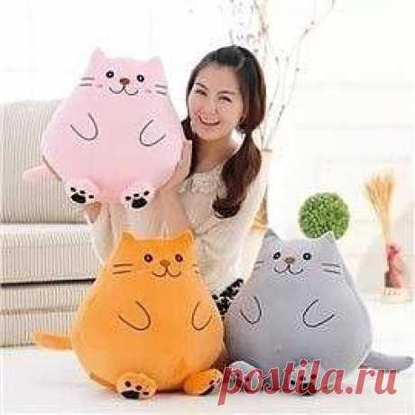 Миленькие кото-подушки Миленькие кото-подушки для тех, кто обожает мяукающих пушистиков и жить без них не может.