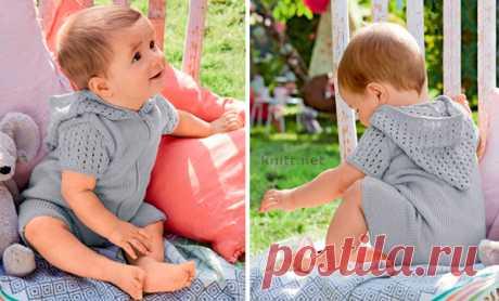 Вязаный спицами детский комбинезон с капюшоном Комбинезон с капюшоном.Комбинезон с капюшоном выполнен из детской пряжи платочной вязкой и ажурным сетчатым узором. Малышу в таком наряде будет комфортно.