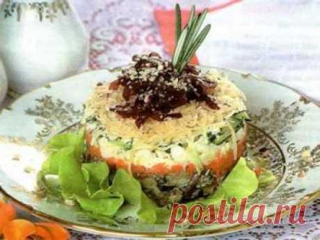Слоеный салат со шпротами Слоеный салат со шпротами для многих имеет привкус праздника. Как напоминание о тех временах, когда банка шпрот только для праздников и береглась хозяйками, чьей изобретательности мы отдаем должное, делая этот салат.