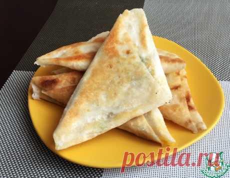 Треугольники из лаваша с сыром – кулинарный рецепт