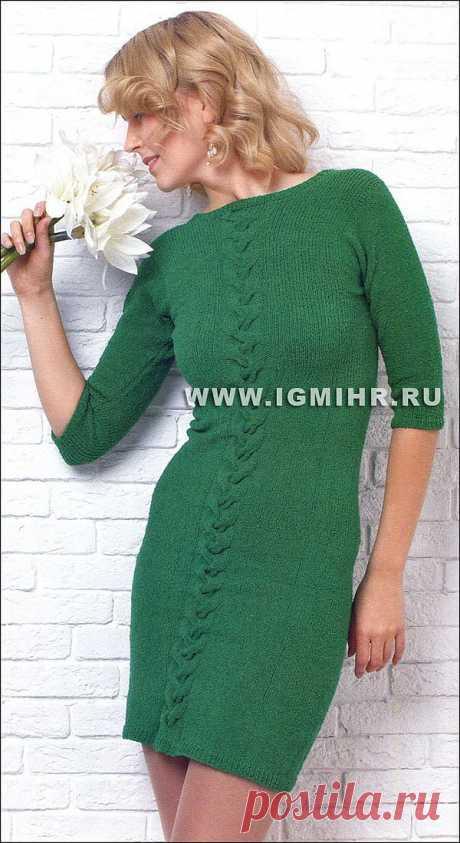 Стрейчевое цельновязаное платье.