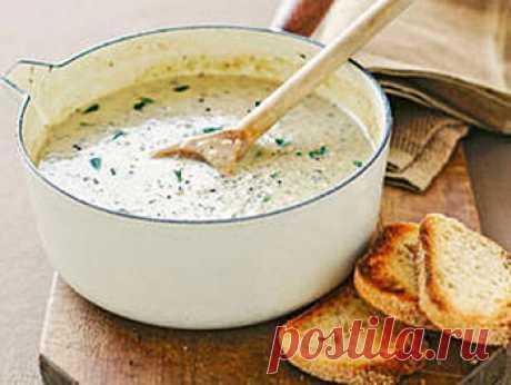 Рецепт французского грибного супа. Это нежный, ароматный и очень вкусный суп, который наверняка станет одним из самых любимых вариантов первого блюда на вашем столе. Чтобы приготовить французский сливочный суп с вином нам понадобится: