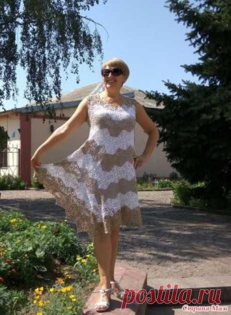 """. Незаслуженно забытое платье. По мотивам платья """"Лето"""" Еще в прошлом году было связано платье, навеянное постом одной из странамамочек. https://www.stranamam.ru/ И даже один раз одето.  Но что-то пошло не так."""