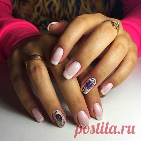 Модный дизайн ногтей жидкие камни