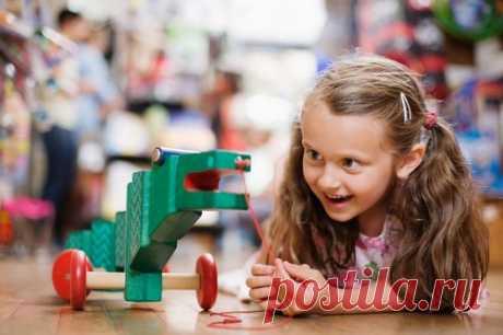 Четыре самых популярных игрушки 2017. Этим точно можно удивить детей!