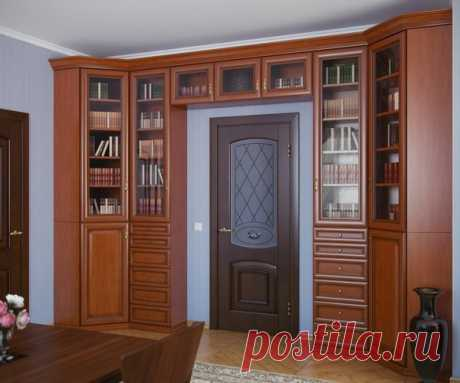 El armario alrededor de la puerta. Las ideas insólitas y prácticas del interior.