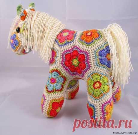 Замечательная лошадка фрагментом Африканский Цветок.