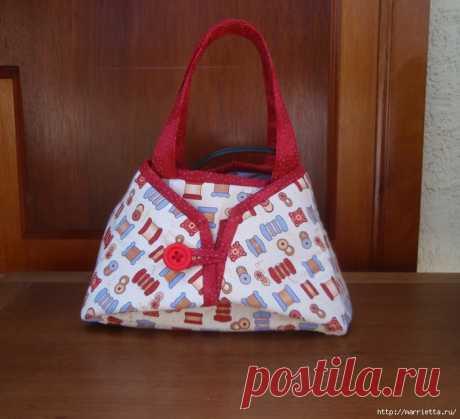 Отличная идея - сшить сумочку для утюга и на ней же гладить мелкие вещи!