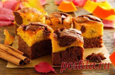 3 вкуснейших и полезных пирога с тыквой  Самый вкусный десерт осени – это пирог с тыквой. К тому же королева осени придает выпечке красивый цвет – теплый и солнечный. Попробуйте и вы приготовить тыквенный пирог на своей кухне, чтобы порадовать своих близких волшебным десертом.  Пирог с тыквой и апельсином  Этот вкусный и ароматный пирог имеет интересную, влажную консистенцию. Он затмит даже самый изысканный торт.  Ингредиенты:мякоть тыквы – 500 г, апельсиновый сок – 100 мл...