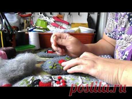 Как я делаю снегирей на рукавичках. - YouTube