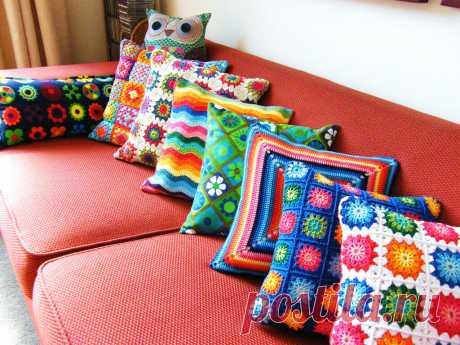 Подушки из мотивов: вяжем крючком предметы декора | Анна Утешева | Яндекс Дзен