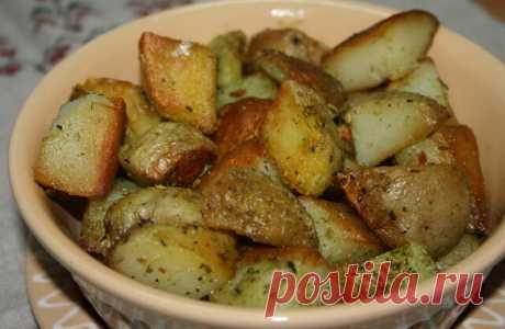 Запеченная картошка в чесночном масле