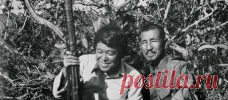 Para el soldado japonés la Segunda Guerra Mundial duraba casi 30 años. Él se escondía en las junglas y continuaba luchar, sin creer que la guerra ha acabado.