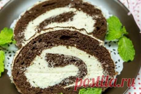 Обалденный шоколадный бисквит со сливочным кремом Представляем вашему вниманию рецепт очень интересного бисквитного рулета, который придется по душе каждому