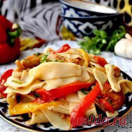 Салат с домашней лапшой и курицей рецепт – узбекская кухня: салаты