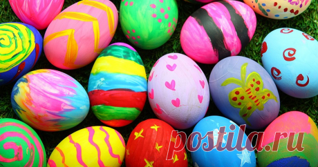 Чем покрасить яйца к Пасхе: свежие идеи В Великий четверг (Чистый четверг) православные христиане готовятся к празднованию Пасхи. Рассказываем и показываем на видео, чем, кроме луковой шелухи, можно покрасить яйца, и во что их потом положить. Обязательно...