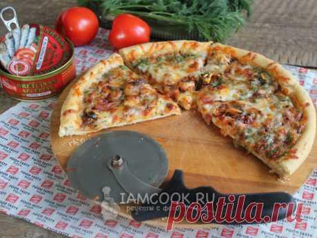 Пицца с килькой в томатном соусе