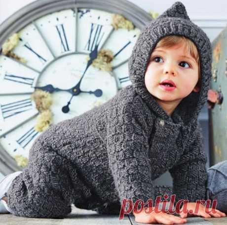 Детский комбинезон с капюшоном, вяжем спицами