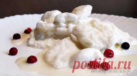 """Снежки рецепт 1861 года, Boules de neige, Schneeflocken Очень необычный и интересный старинный десерт из доступных ингредиентов. Этот рецепт десерта из поваренной книги 1861 года """"Подарок молодым хозяйкам или средство к уменьшению расходов в домашнем хозяй..."""