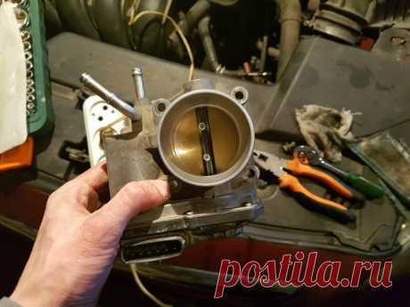 Как правильно промыть дроссель, чтобы мотор работал стабильно | CAR.RU | Яндекс Дзен