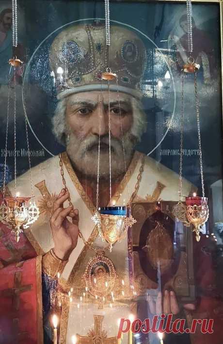 Редкая икона Николая- чудотворца из храма на Смоленщине.  Сохраните на страничке, да пребудет с вами благодать Божия!!!