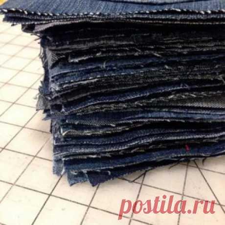 Она разрезала старые джинсы на квадраты. То, что получилось, пригодится всем!