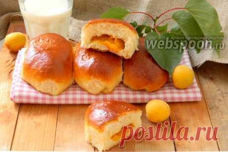 Пирожки с абрикосами печёные