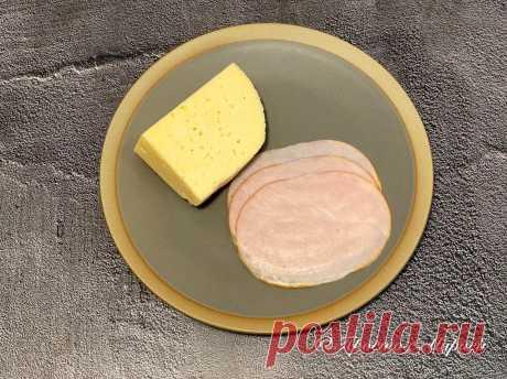 Праздничная закуска с колбасой и сыром: оригинальная подача и яркий вкус | Просто с Марией | Пульс Mail.ru 15 минут и готово!