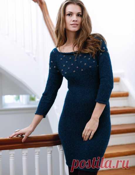Синее платье с отделкой «шишечками» - схема вязания спицами. Вяжем Платья на Verena.ru