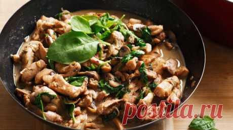 Тушеная курица с грибами и сливками - Рецепты. Кулинарные рецепты блюд с фото - рецепты салатов, первые и вторые блюда, рецепты выпечки, десерты и закуски - IVONA - bigmir)net - IVONA bigmir)net
