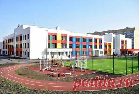 2020 октябрь. В Пензе открыта самая большая в городе школа