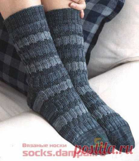 Вязаные носки «Трехцветные полоски» | ВЯЗАНЫЕ НОСКИ