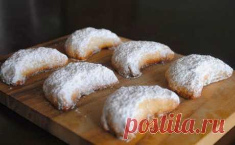 """Невыразимая легкость кулинарного бытия...: Печенье """"Миндальные полумесяцы"""""""
