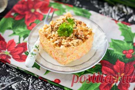 """Салат """"Белочка"""" - быстрый и вкусный рецепт, когда гости уже на пороге Салат «Белочка» из плавленых сырков и моркови – это оригинальное блюдо, рецепт которого пригодится как для повседневного, так и для праздничного стола."""