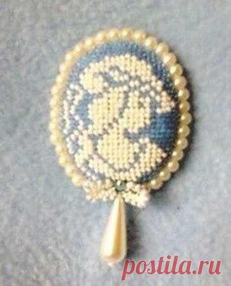 Микро вышивка крестиком бисером украшений