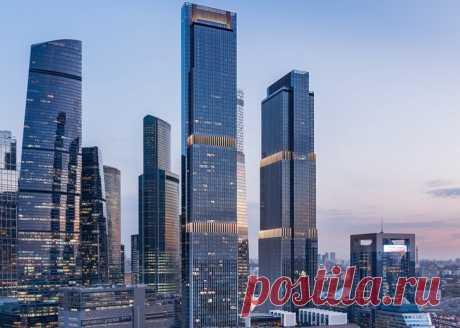2020 ноябрь. В Москве ввели в эксплуатацию новый 68-этажный (301,9 м) небоскреб (вторая очередь многофункционального административно-делового комплекса Neva Towers в деловом комплексе «Москва-Сити»). Комплекс состоит из двух башен высотой в 68 и 79 этажей, объединенных четырехэтажным стилобатом (общая нижняя часть) и четырехэтажной подземной частью. Площадь зданий — 357 000 м², высота — 345 м. В высотках разместятся офисы и апартаменты. Предусмотрено создание 2040 парковочных мест