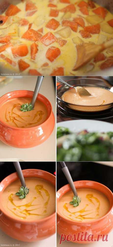 Тыквенный суп-пюре с жареной картошкой. Этот суп отличается от многих своих собратьев тем, что в его составе — жареная картошка. Именно жареная. Вкус у нее всегда особенный — сладкий, слегка бисквитный, мучной и нежный.