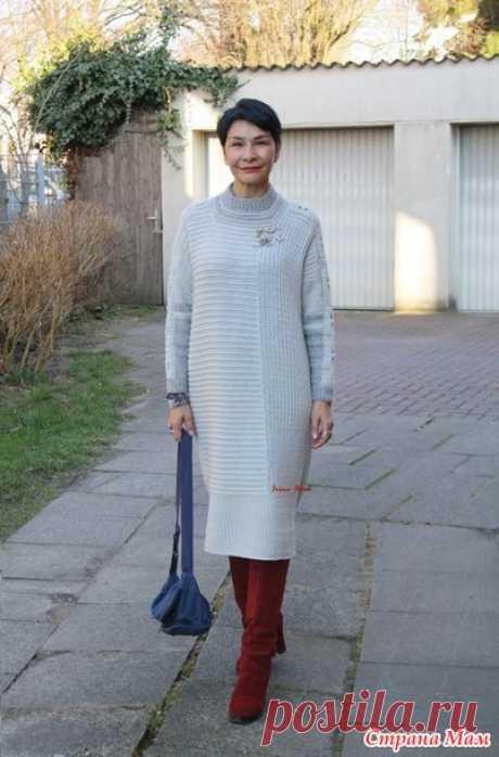 Платье оверсайз с вертикальным узором. Irina Horn