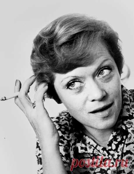 Алиса Фрейндлих, 8 декабря, 1934