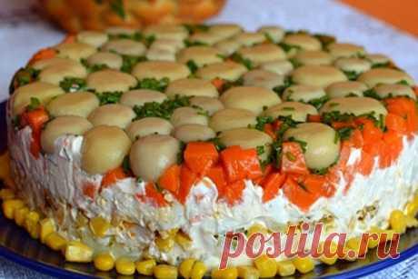 Торт-салат с курицей и грибами. Вкусный и очень сытный