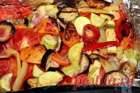 Овощи в духовке запеченные крупными кусками: лучшая подборка рецептов Овощи в духовке запеченные большими кусками - пошаговые рецепты. Приготовление овощей в фольге и рукаве. Простой китайский рецепт и овощи в цитрусовом соусе. Советы для идеального блюда.