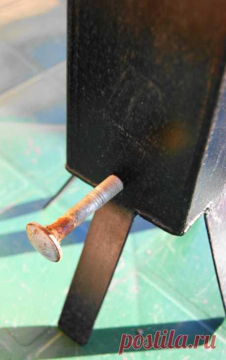 El generador improvisado del humo frío para la curación al humo