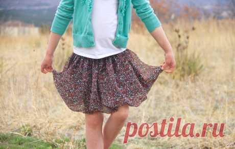 Как сшить юбку своими руками девочке из воздушного шифона? Простой и доступный мастер-класс с пошаговыми фото расскажет вам, как сшить юбку своими руками девочке из шифона - воздушную, и легкую! Попробуем вместе?