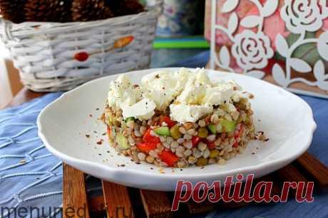 Рецепт салата из гречки с овощами и фетой | Меню недели