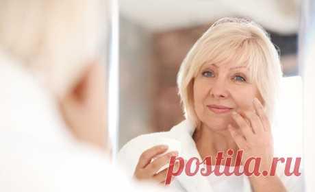 Используйте этот простой продукт из холодильника, и вы забудете о старении! Ни одной морщинки вокруг глаз!