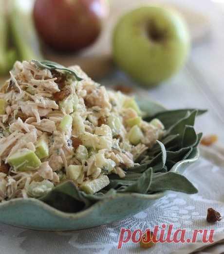 Куриный салат с яблоками Ингредиенты: 350 г куриного мяса (нарезать) 1 столовая ложка обычного греческого йогурта  1