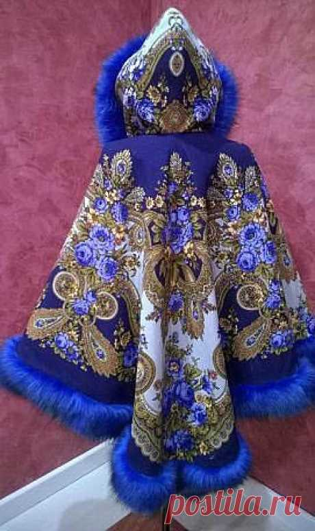 Крой и шитьё накидки с капюшоном из павлопосадского платка