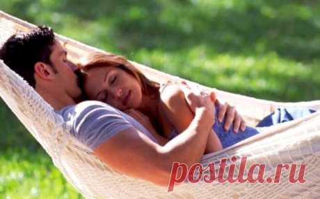 «Почаще обнимайте женщину!» Поэтичная и нежная проза о самом нежном моменте в отношениях.