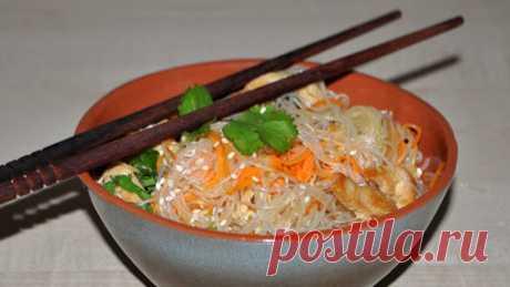 Рецепт фунчозы с курицей и овощами по-корейски