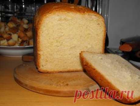 Пшеничный хлеб с луком и сыром